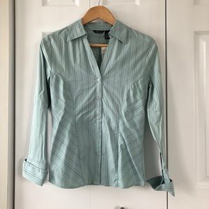 SALE Maurices Green V-Neck Button Up Blouse Small